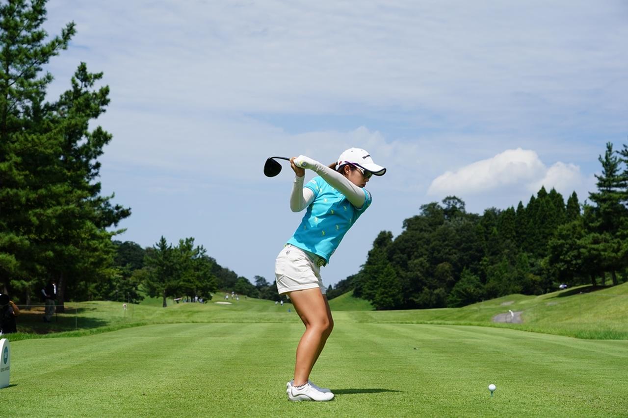 Images : 11番目の画像 - 大江香織のドライバー連続写真 - みんなのゴルフダイジェスト