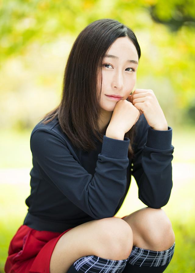 画像: 2015年会長杯争奪関東女子学生ゴルフ選手権優勝、2017年信夫杯争奪全日本女子学生ゴルフ選手権団体3位など輝かしい成績を残している恵美さん。