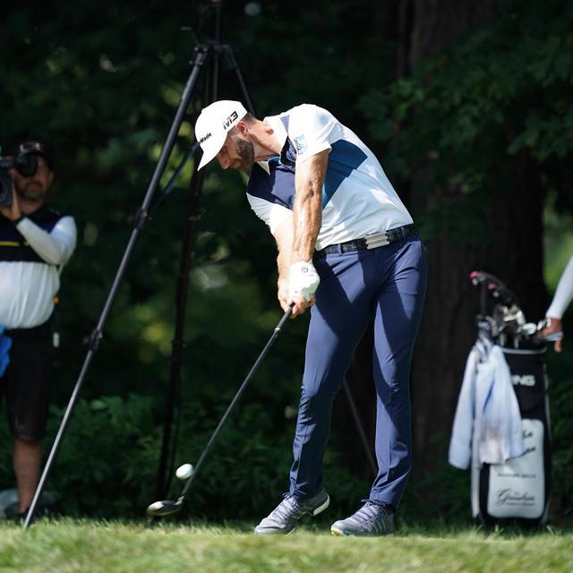 画像: アダムがベストスウィンガーとして挙げたのは、ツアー屈指の飛ばし屋ダスティン・ジョンソン(写真は2018年の全米プロゴルフ選手権 撮影/姉崎正)