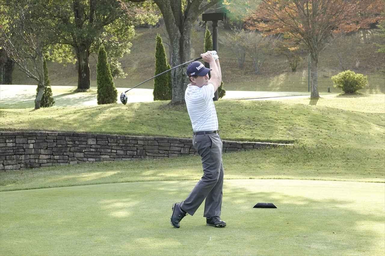 Images : 17番目の画像 - 衰え知らず! トム・ワトソンのドライバーショット連続写真 - みんなのゴルフダイジェスト