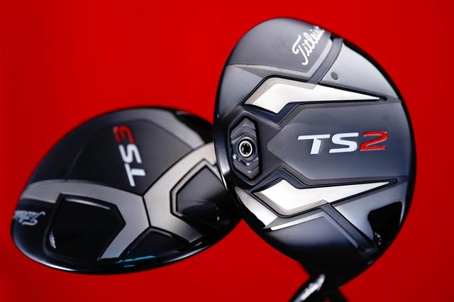 画像: TSシリーズは両モデルとも、カーボンではなくチタンクラウンを採用。アスリートが求める打感、打音に仕上げている