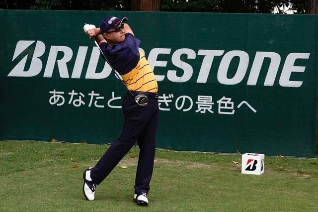 画像: ショットメーカー・谷口は稲森を「全然曲がらない」と語る。稲森のゴルフに一目置き、その実力を認めている