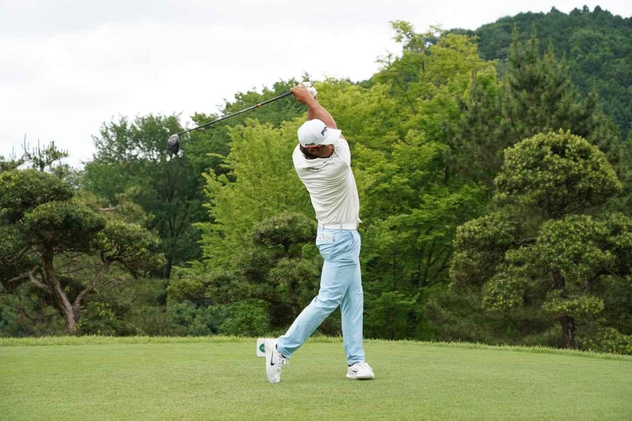 Images : 14番目の画像 - 額賀辰徳のドライバー連続写真 - みんなのゴルフダイジェスト