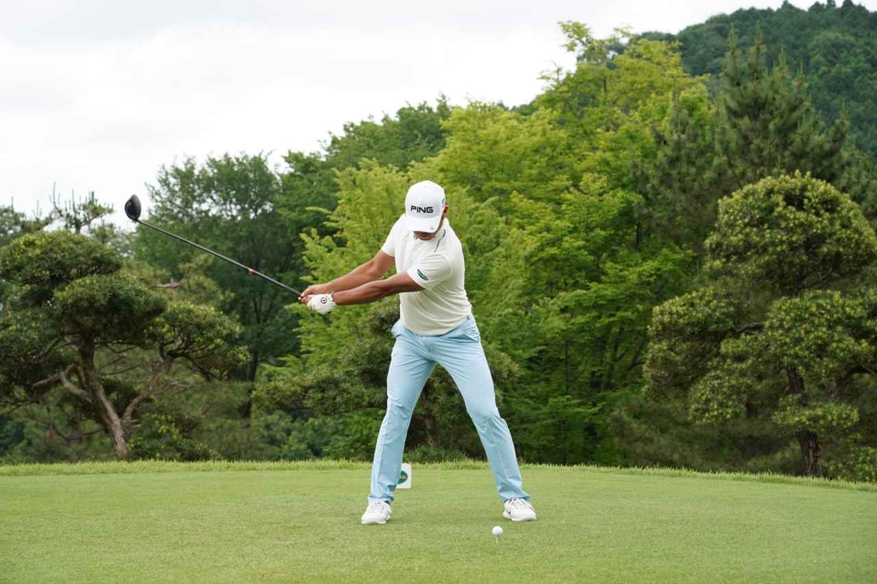 Images : 3番目の画像 - 額賀辰徳のドライバー連続写真 - みんなのゴルフダイジェスト
