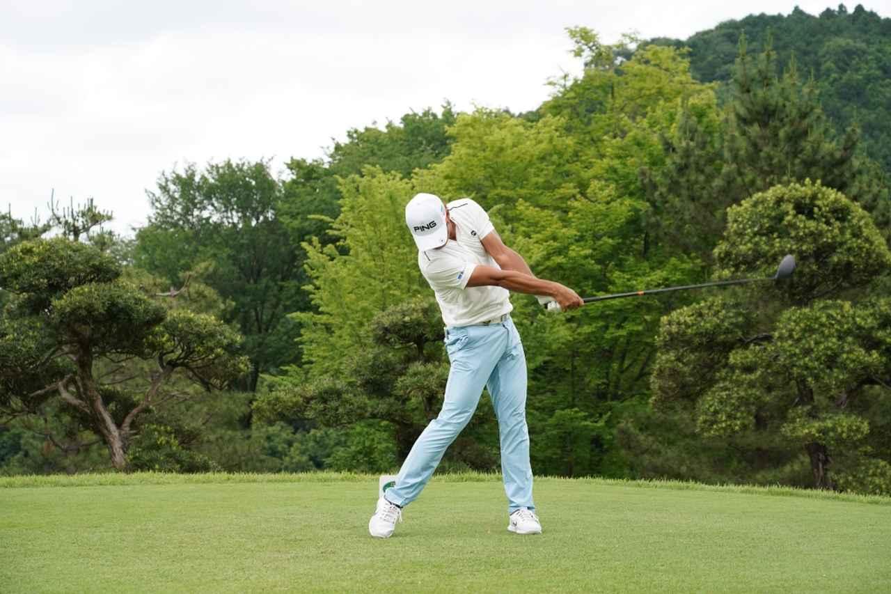 Images : 11番目の画像 - 額賀辰徳のドライバー連続写真 - みんなのゴルフダイジェスト