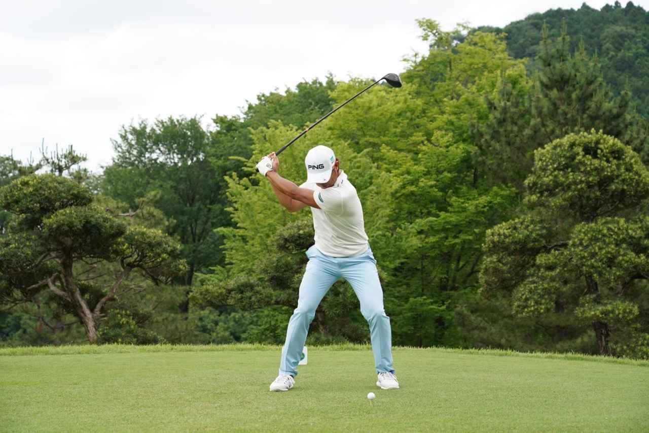 Images : 7番目の画像 - 額賀辰徳のドライバー連続写真 - みんなのゴルフダイジェスト