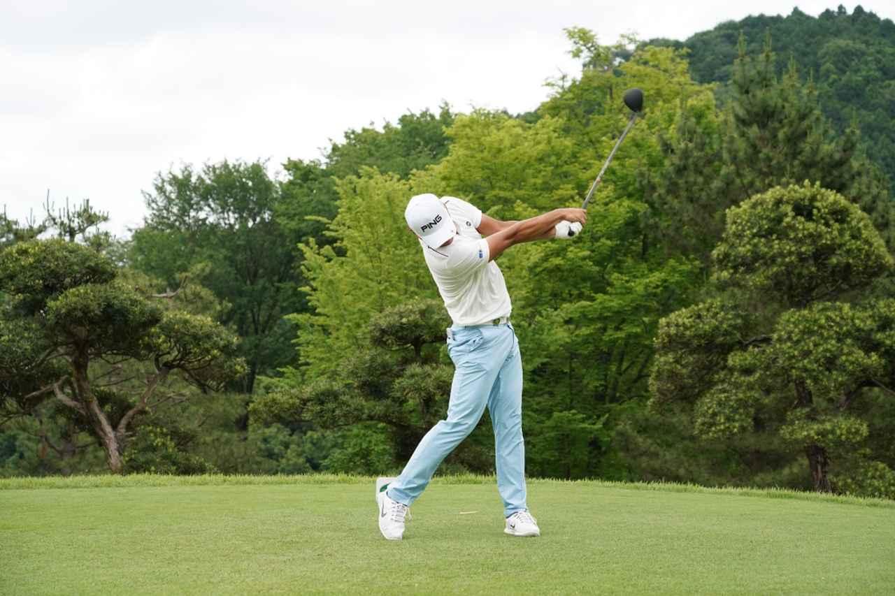 Images : 12番目の画像 - 額賀辰徳のドライバー連続写真 - みんなのゴルフダイジェスト