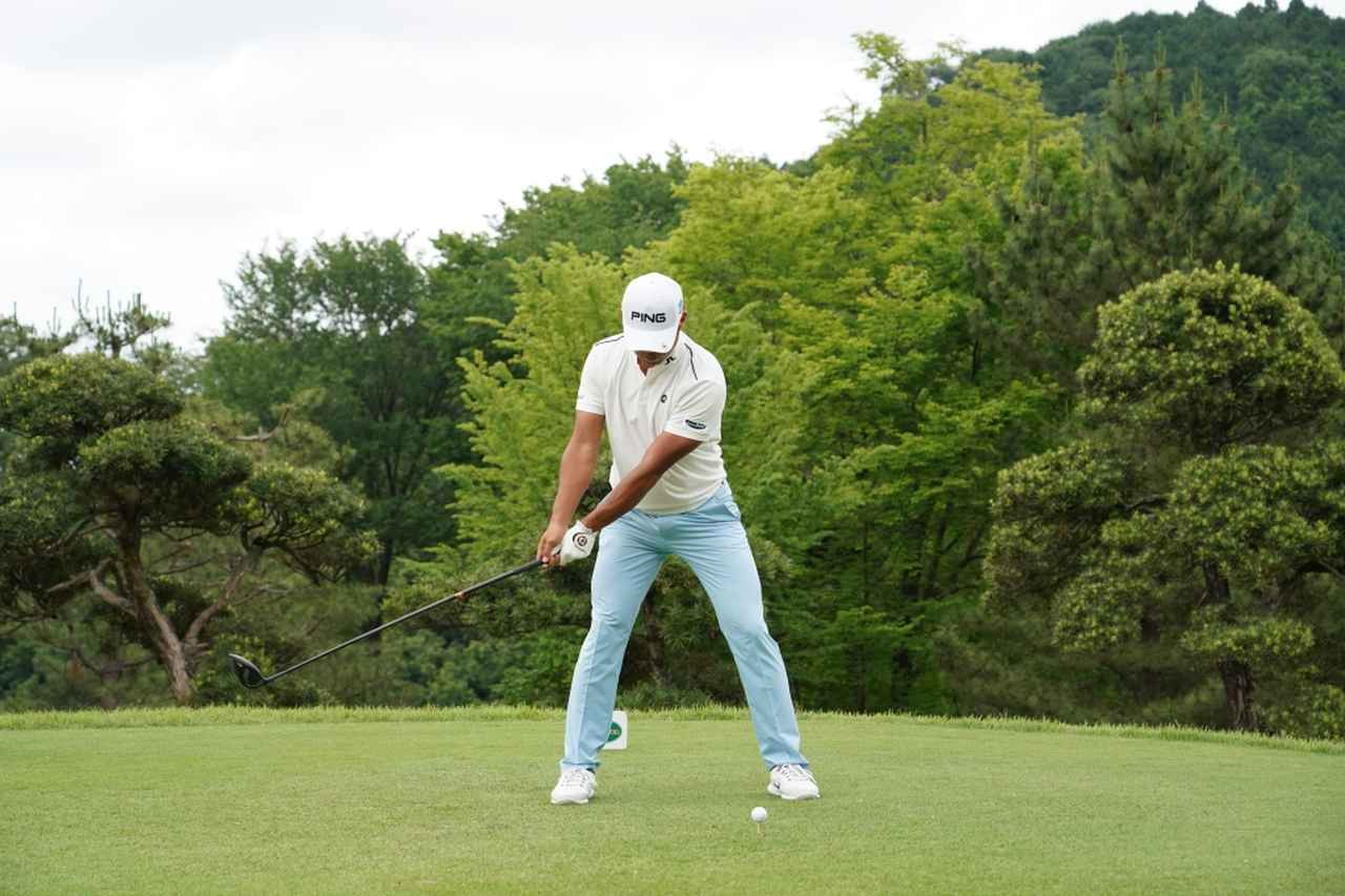 Images : 2番目の画像 - 額賀辰徳のドライバー連続写真 - みんなのゴルフダイジェスト