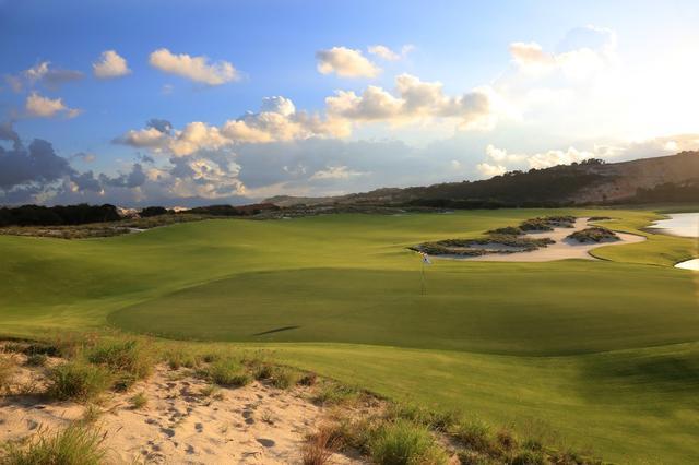 画像: グレック・ノーマンが設計したコース「KNゴルフリンクス」は、ベトナムで3番目のノーマン設計コースだ