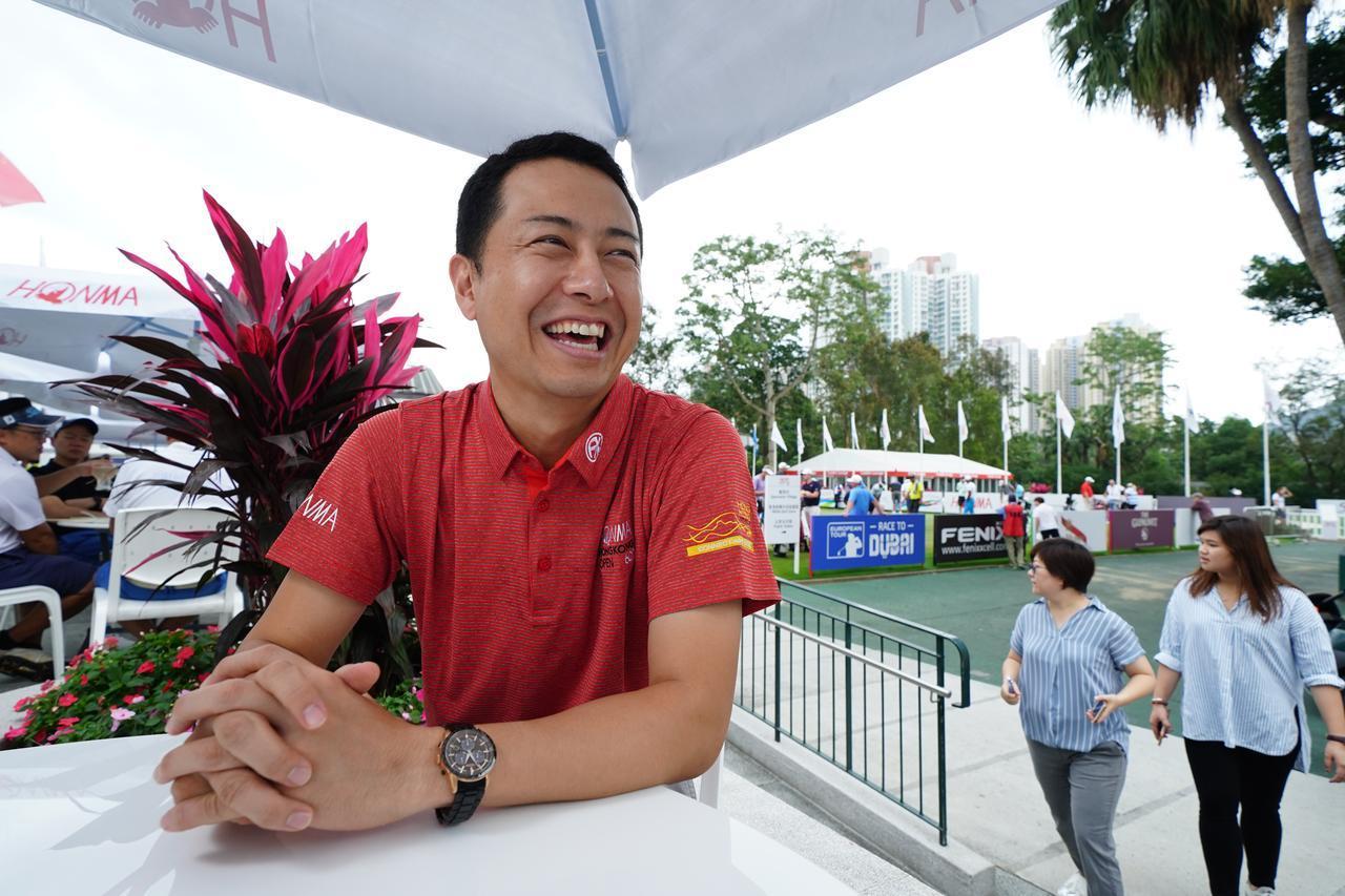 画像: 会場でインタビューに答えてくれた本間ゴルフ菱沼信之取締役