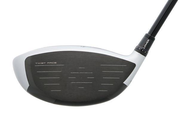 画像: M3はツイストフェースを採用。ゴルファーの打点分布図を調べ、そのバラつきにあわせてフェースをねじることで、芯を外してもフックやスライスの発生を抑えてくれる