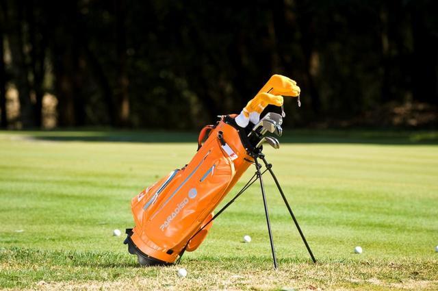 画像: 我々アマチュアゴルファーには14本もいらないのかも