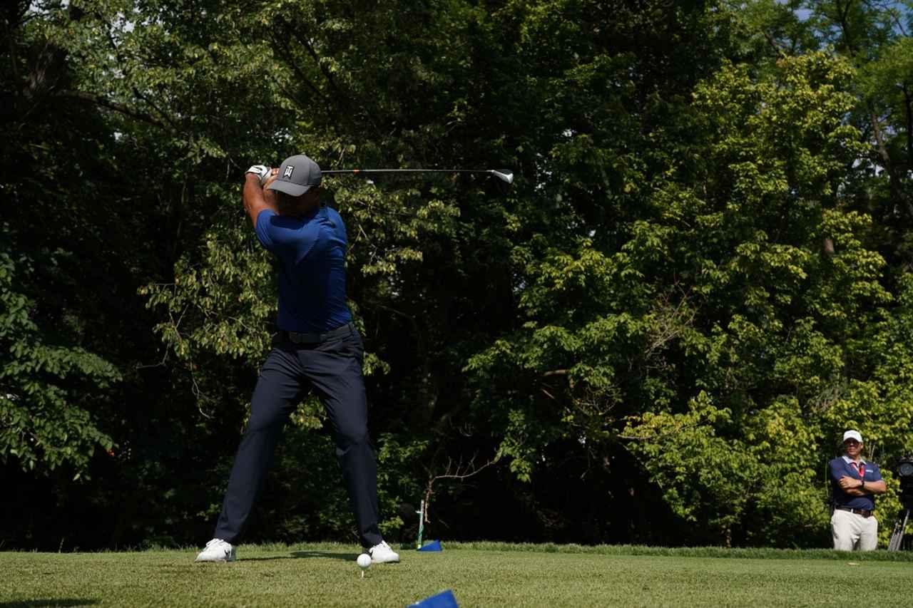 Images : 5番目の画像 - タイガー・ウッズのドライバー連続写真 - みんなのゴルフダイジェスト