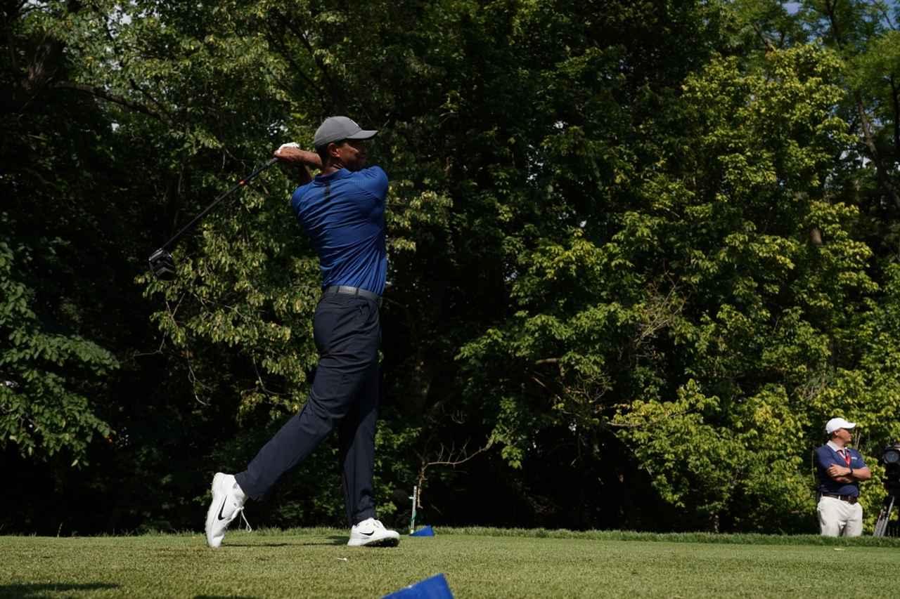 Images : 14番目の画像 - タイガー・ウッズのドライバー連続写真 - みんなのゴルフダイジェスト