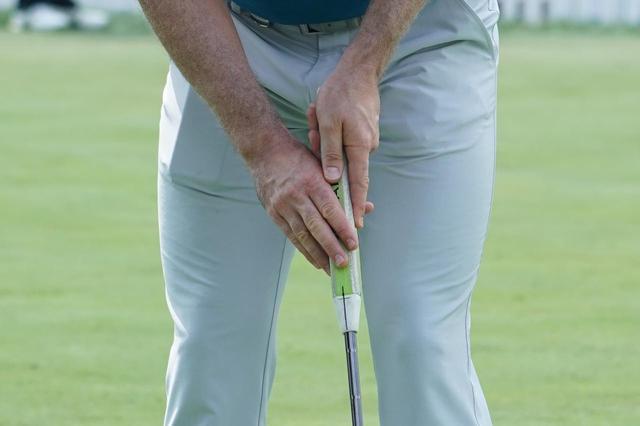 画像: ジャスティン・ローズが使用中! ウワサのパターグリップ「フラットキャット」って、知ってる? - みんなのゴルフダイジェスト
