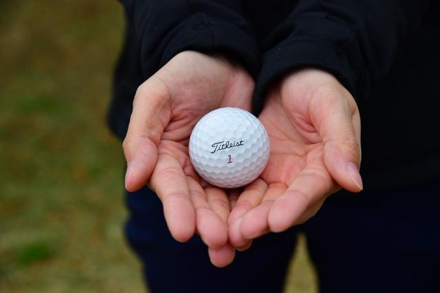 """画像: 出たぞ「80」! ゴルフ女子が""""ボールフィッティング""""を受けたらベストスコアを更新した話 - みんなのゴルフダイジェスト"""