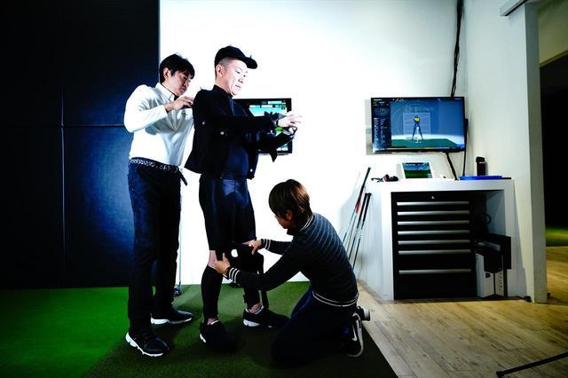 画像: 3Dモーションキャプチャー「ギアーズ」を使ってアマチュアゴルファーの野村政弘さんの着用前後のスウィングを解析 (計測協力:ノビテック)