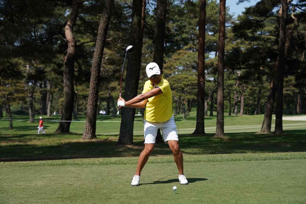 Images : 7番目の画像 - 野澤真央のドライバー連続写真 - みんなのゴルフダイジェスト