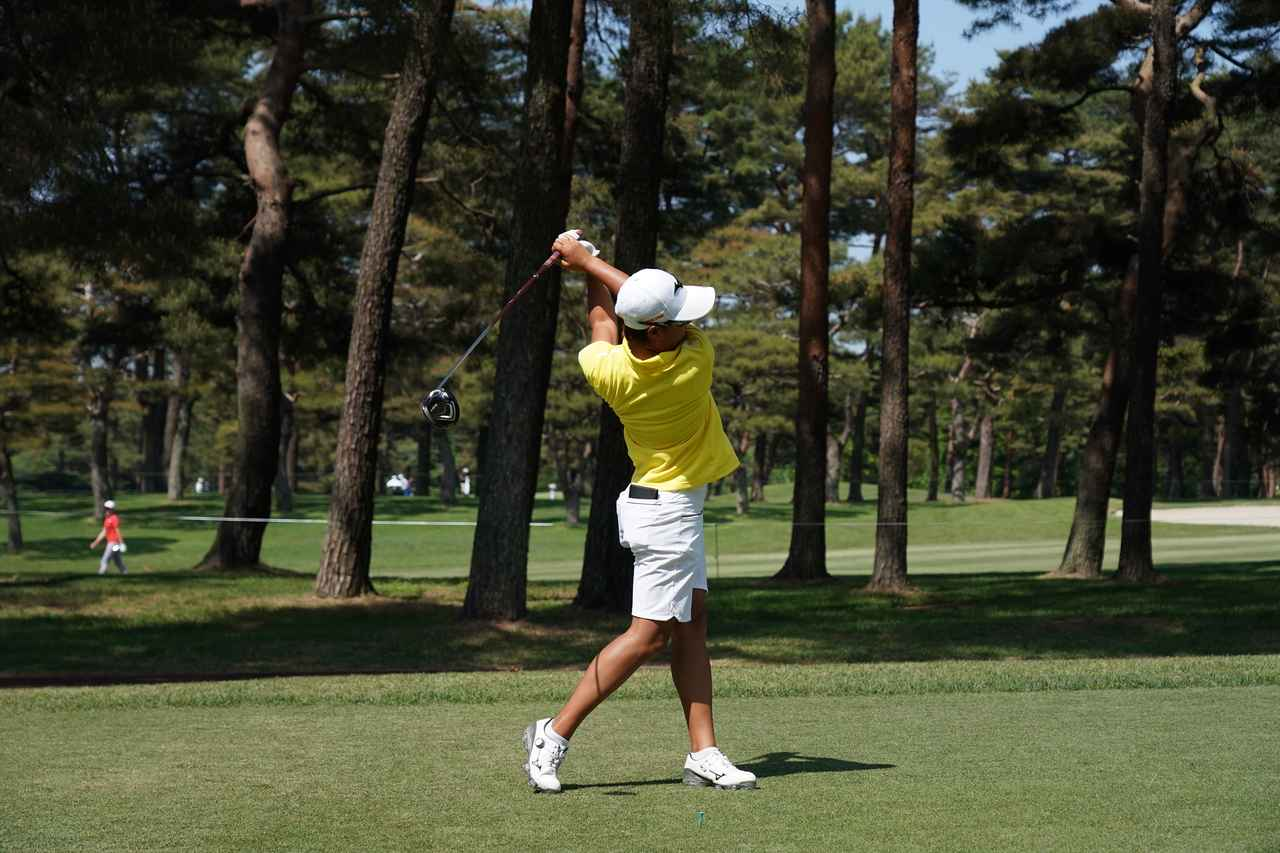 Images : 14番目の画像 - 野澤真央のドライバー連続写真 - みんなのゴルフダイジェスト