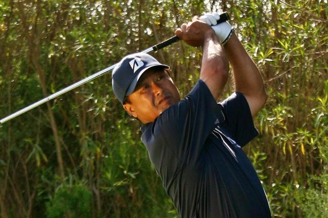 """画像: """"どちらがやさしいか""""を考える。中途半端な距離が残ったときの考え方【倉本昌弘の本番に強くなるゴルフ】 - みんなのゴルフダイジェスト"""