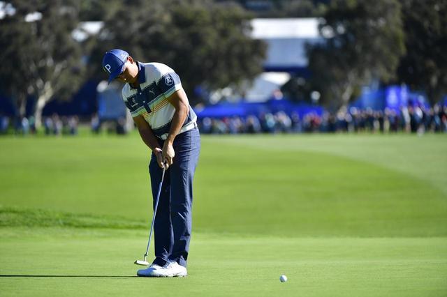 """画像: タイガーやファウラーは「加速しながらインパクト」していなかった! 解析機が解き明かすパットの名手""""ふたつの共通点"""" - みんなのゴルフダイジェスト"""