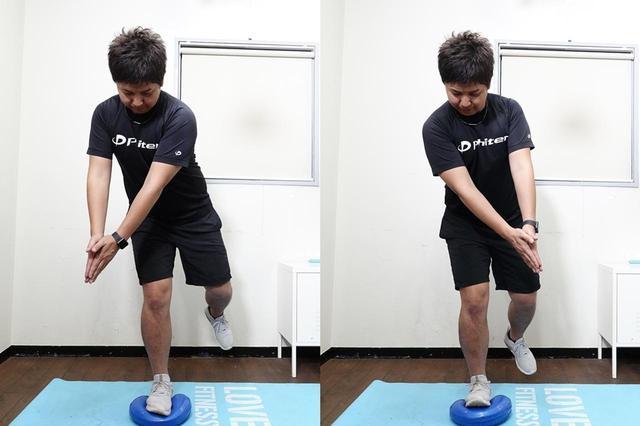 画像: アドレスを模したバランストレーニング。片足立ち+ツイスト+バランスディスクでインナーマッスルに効果アリ