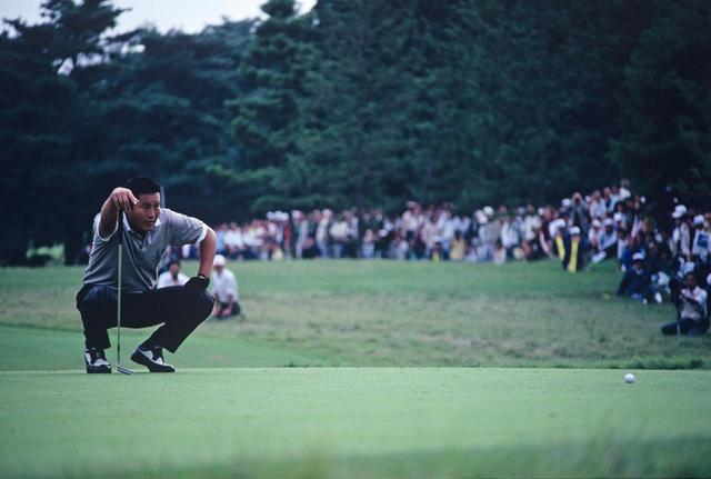 画像: 1988年の日本オープン。ジャンボが短いウィニングパットを2度仕切り直したシーンは有名。そのとき使用していたのは「Tommy Armour IMG5」だった