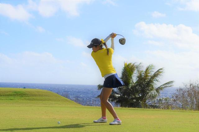 画像: 高校2年生でアメリカへゴルフ留学した中山綾香。現在は欧州女子ツアーに登録している