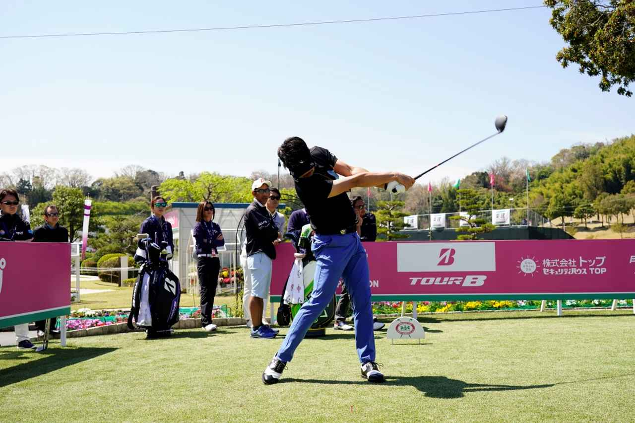 Images : 13番目の画像 - 飛ばし屋!額賀辰徳のドライバー連続写真 - みんなのゴルフダイジェスト