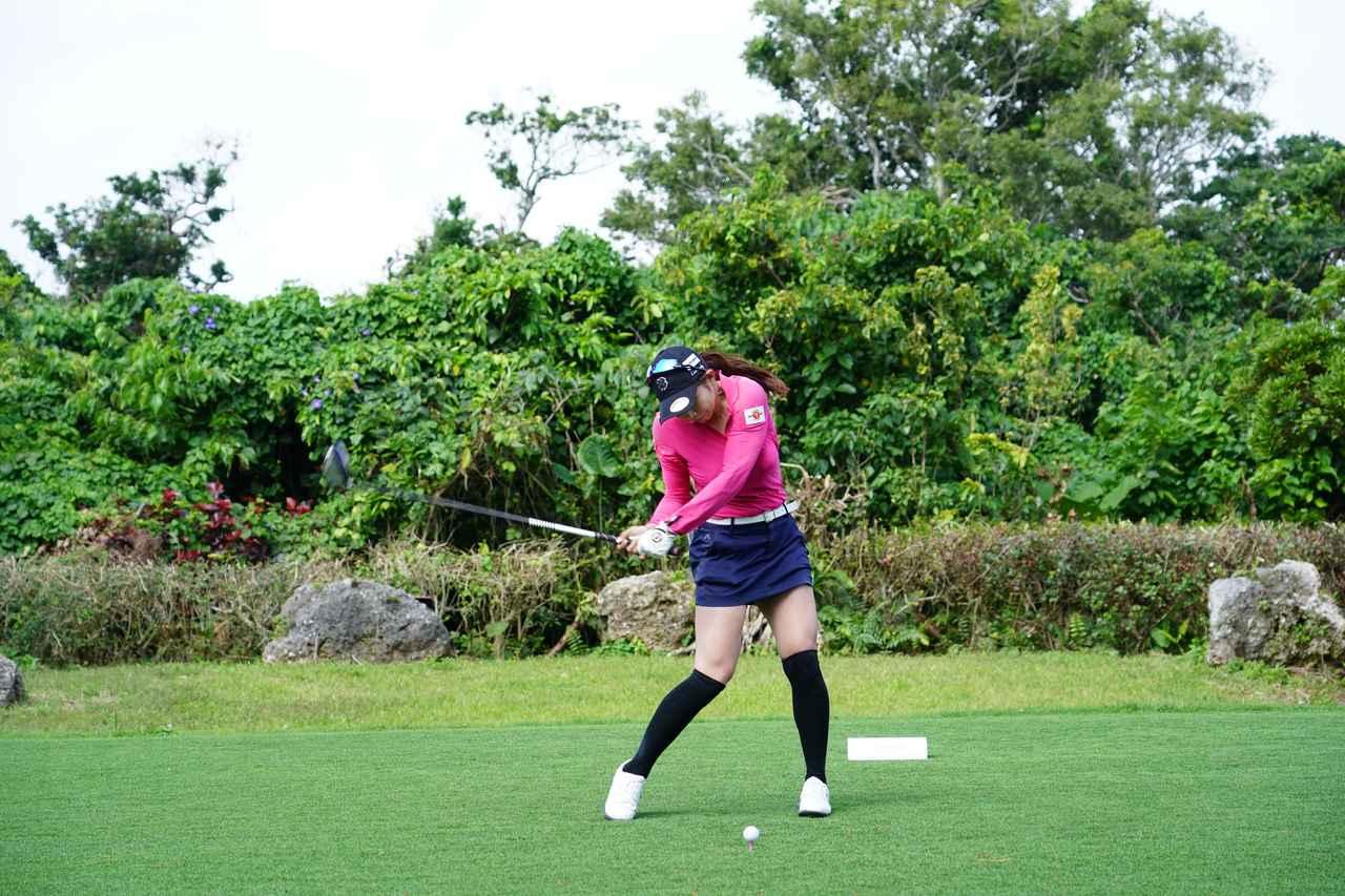 Images : 8番目の画像 - 熊谷かほのドライバー連続写真 - みんなのゴルフダイジェスト
