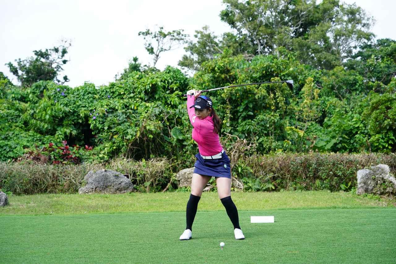 Images : 5番目の画像 - 熊谷かほのドライバー連続写真 - みんなのゴルフダイジェスト