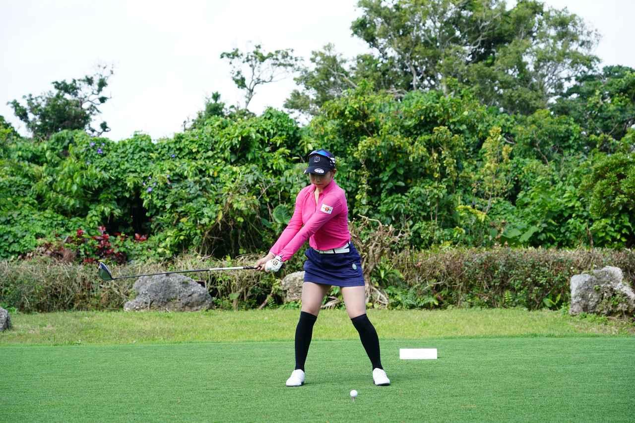 Images : 2番目の画像 - 熊谷かほのドライバー連続写真 - みんなのゴルフダイジェスト