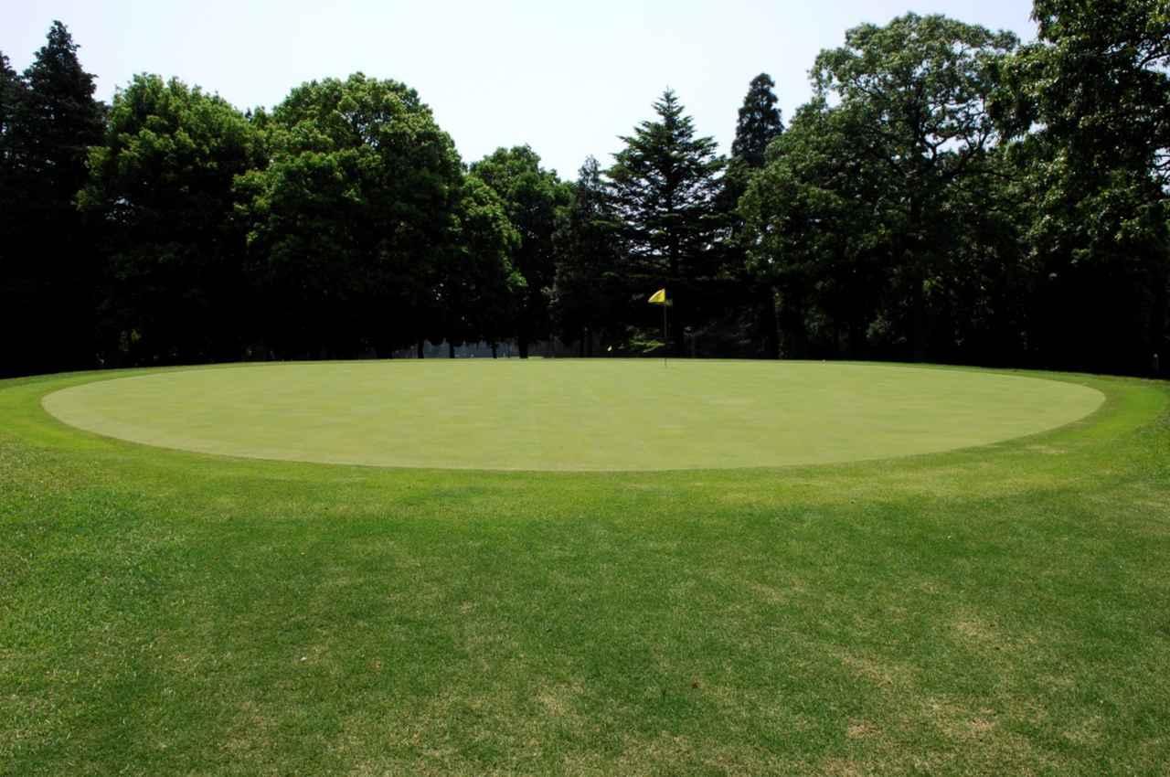 画像: 「グリーンには休息日が必要なのだ」知ってる? 芝の保護とピンプレースメントの関係性【脱俗のゴルフ】 - みんなのゴルフダイジェスト
