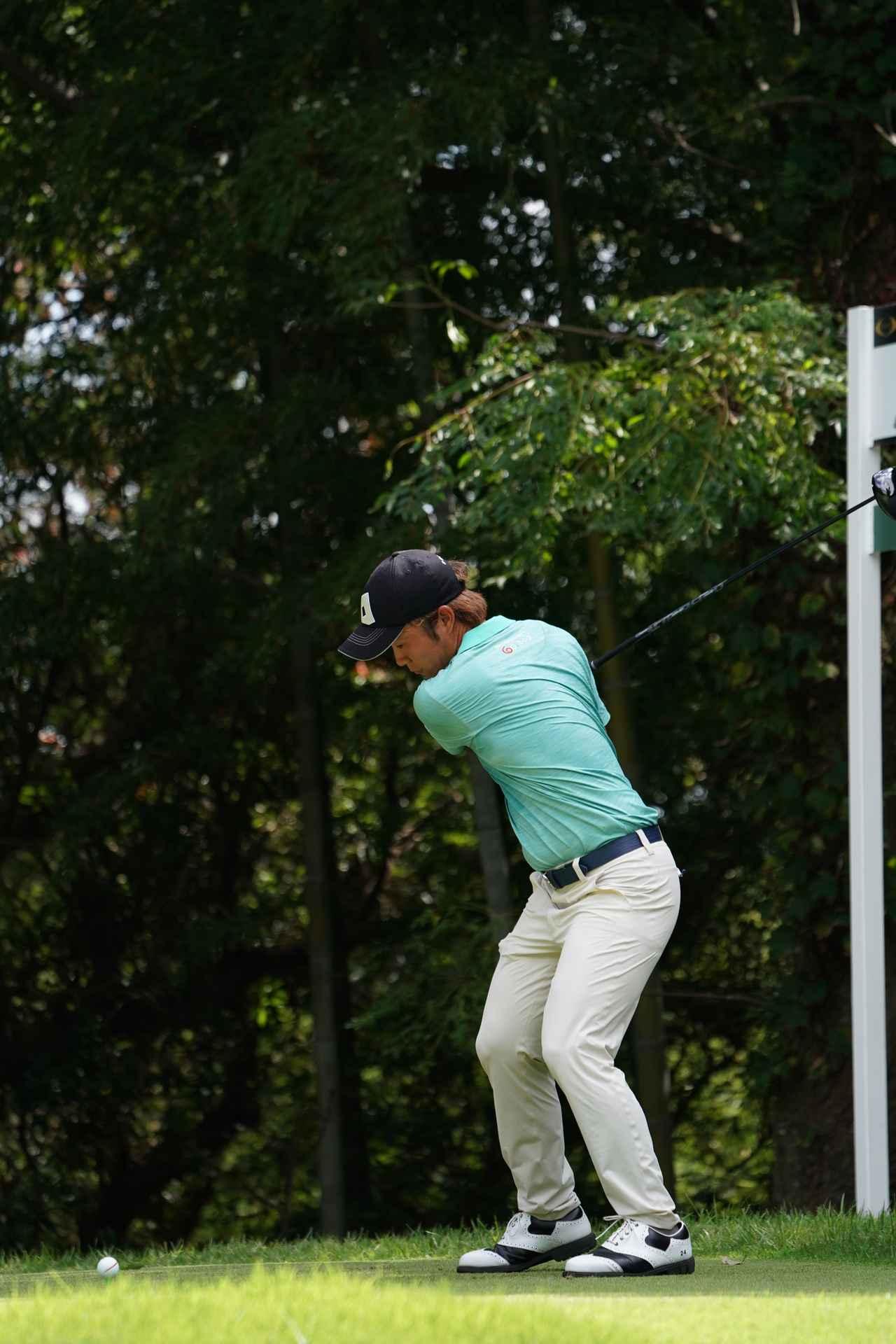 Images : 6番目の画像 - 浅地洋佑のドライバー連続写真 - みんなのゴルフダイジェスト