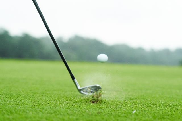 画像: アマチュアゴルファーが真似すべきギアとは一体どれ?