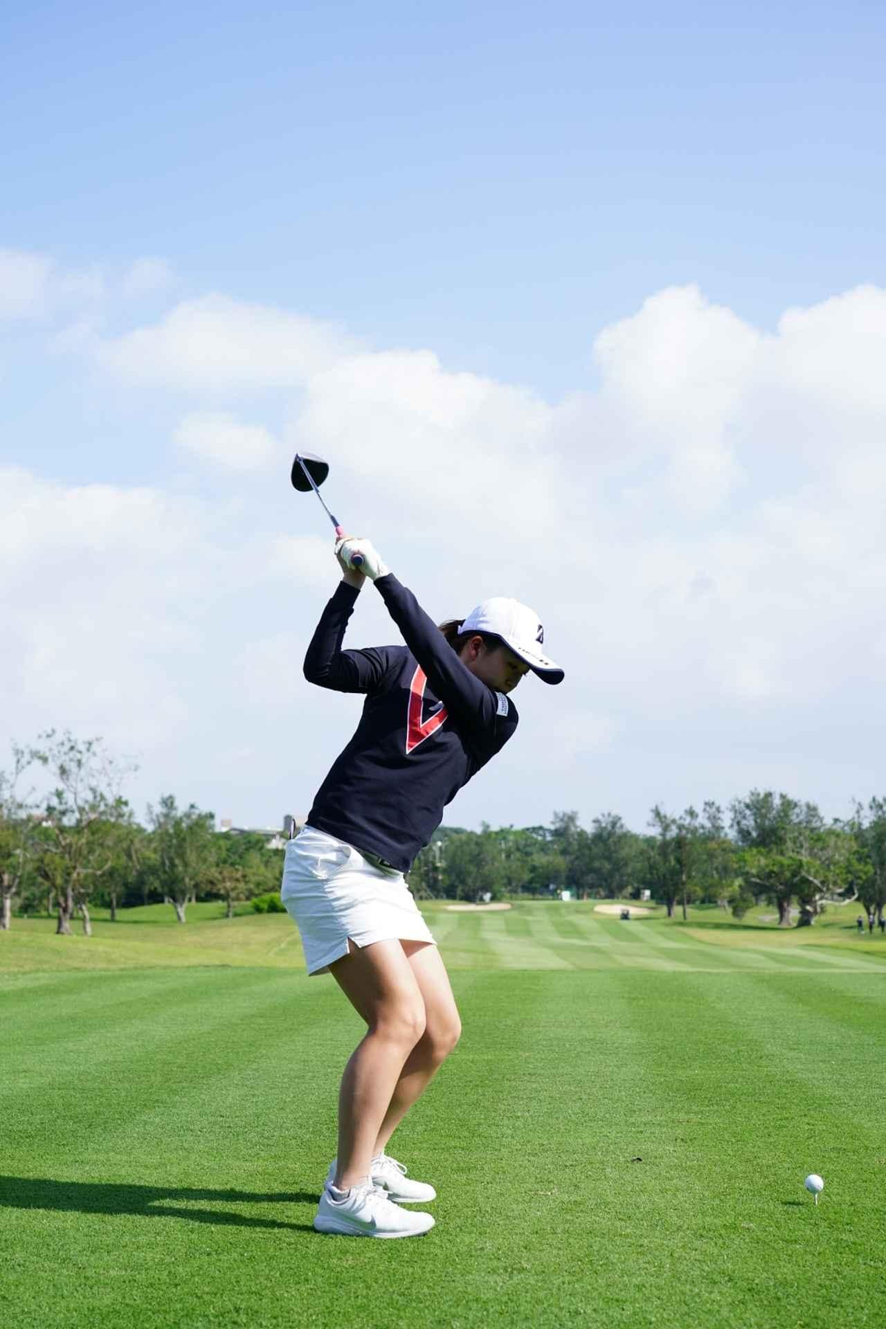 Images : 10番目の画像 - 丹萌乃のドライバー連続写真 - みんなのゴルフダイジェスト