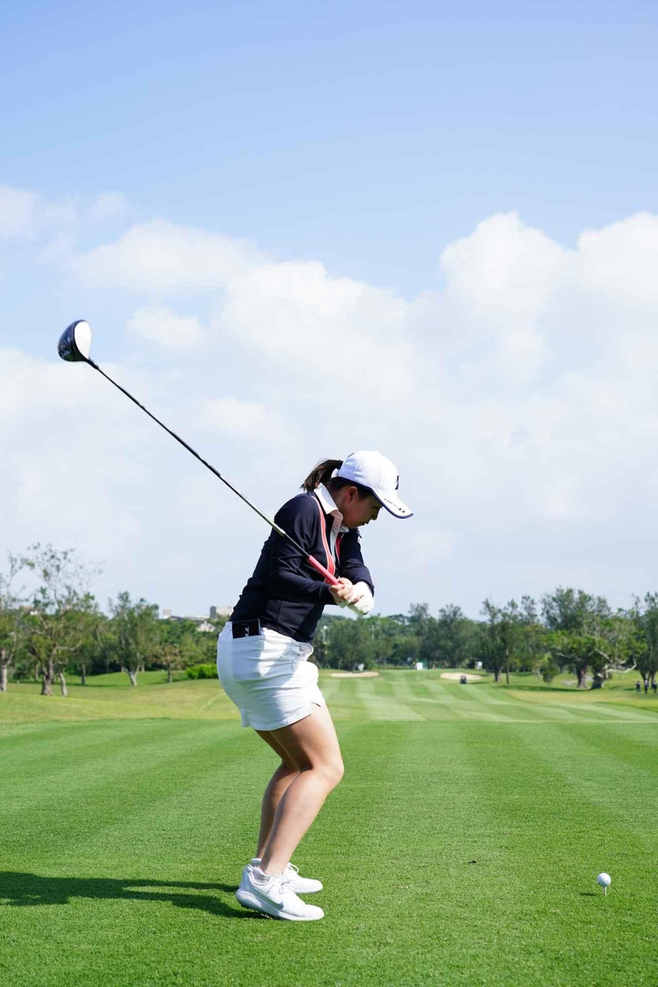 Images : 12番目の画像 - 丹萌乃のドライバー連続写真 - みんなのゴルフダイジェスト