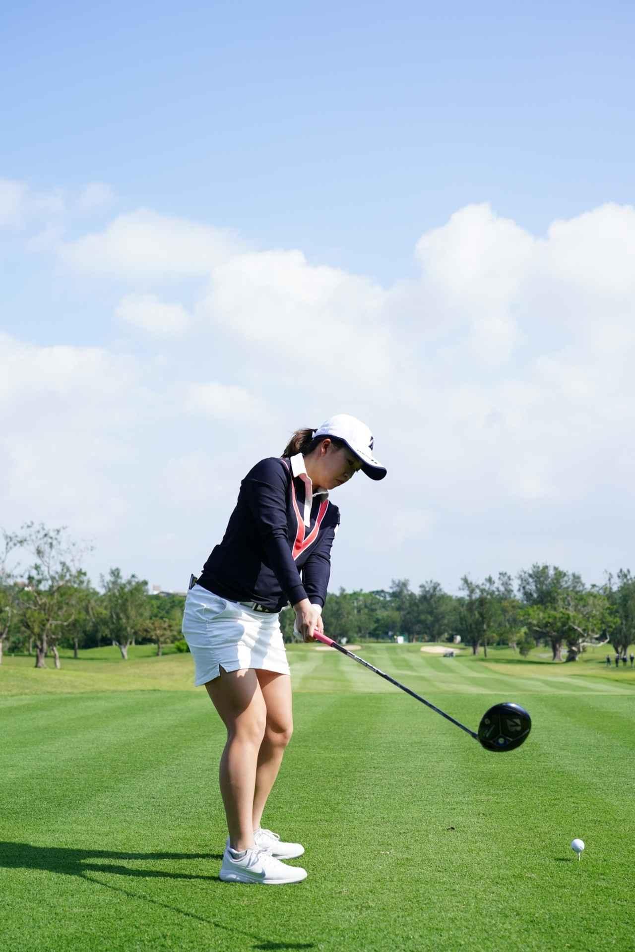 Images : 2番目の画像 - 丹萌乃のドライバー連続写真 - みんなのゴルフダイジェスト