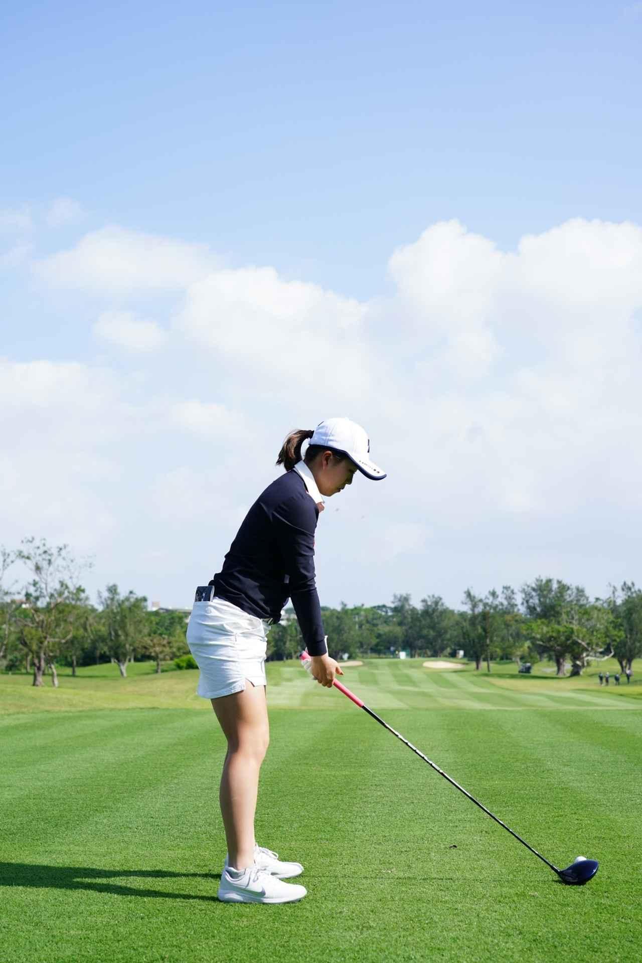 Images : 1番目の画像 - 丹萌乃のドライバー連続写真 - みんなのゴルフダイジェスト