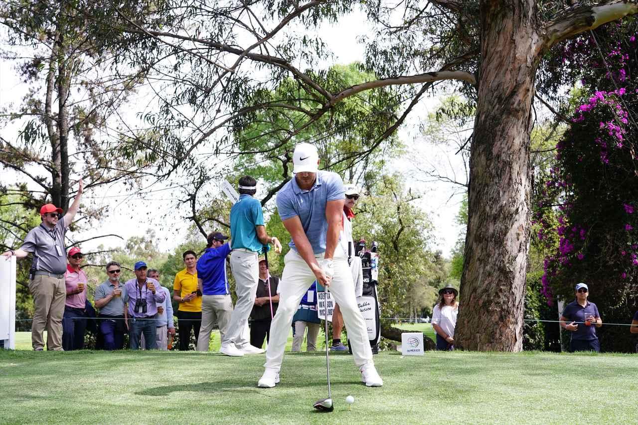 Images : 1番目の画像 - ブルックス・ケプカドライバー正面連続写真 - みんなのゴルフダイジェスト