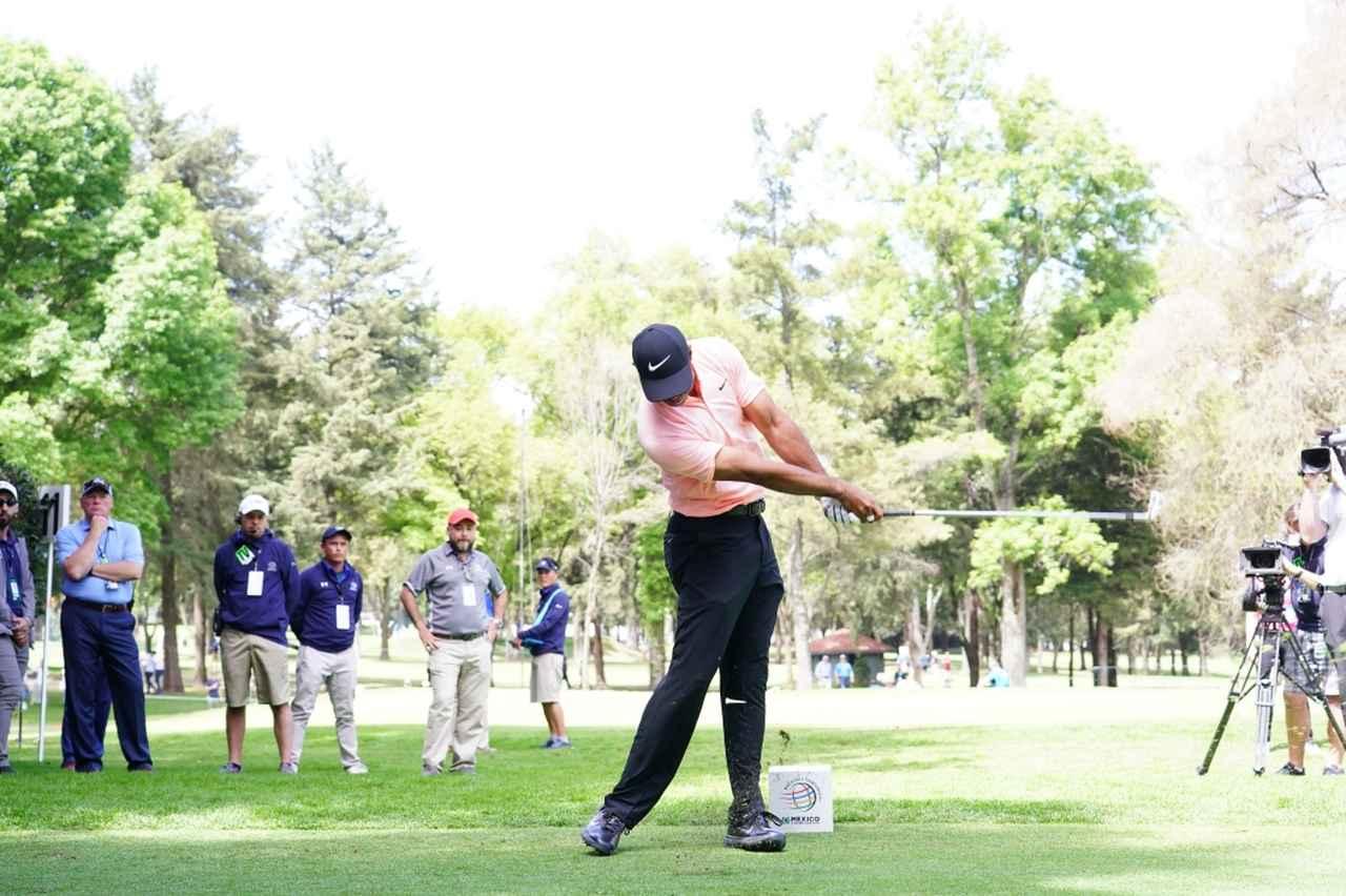 Images : 9番目の画像 - マッスルバックといえばこの人! タイガー・ウッズのアイアン連続写真 - みんなのゴルフダイジェスト