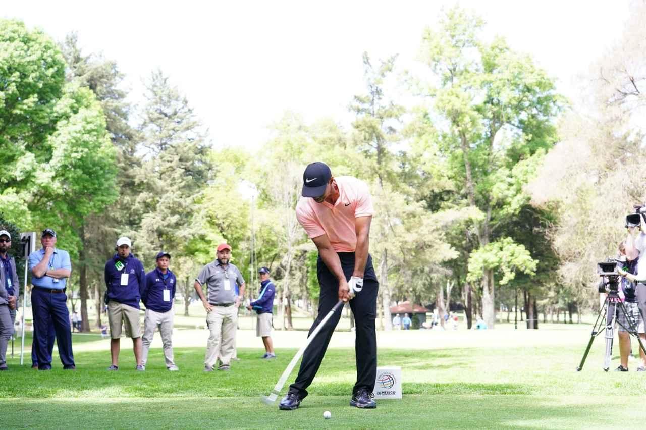 Images : 8番目の画像 - マッスルバックといえばこの人! タイガー・ウッズのアイアン連続写真 - みんなのゴルフダイジェスト