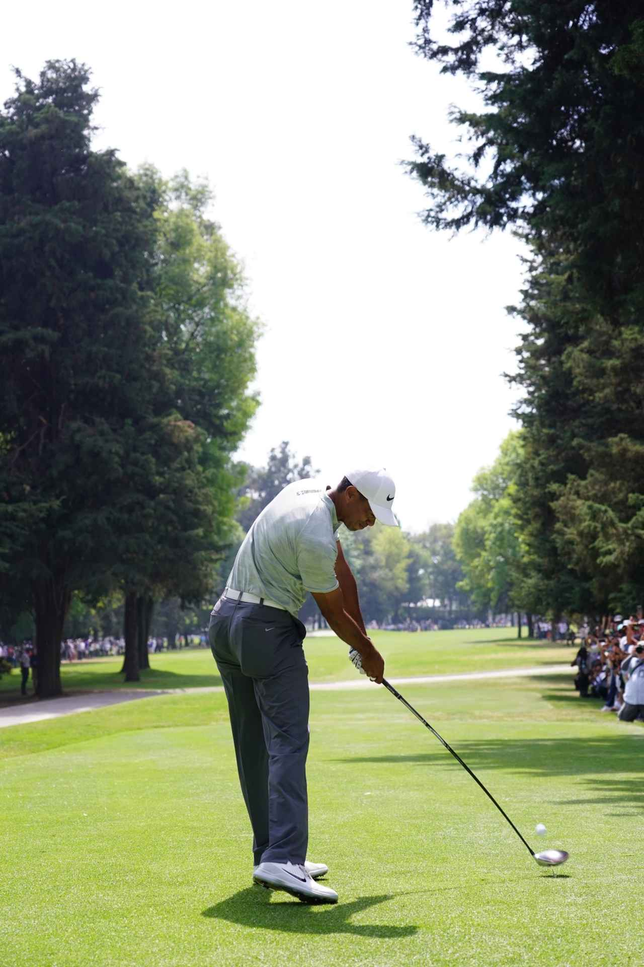 Images : 9番目の画像 - タイガー・ウッズのドライバー連続写真 - みんなのゴルフダイジェスト