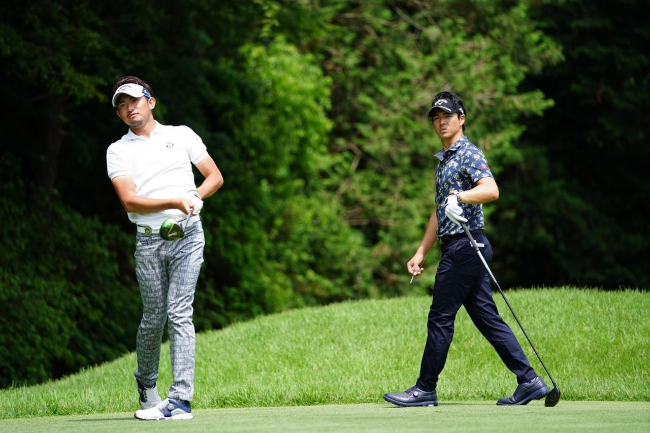 画像: 石川は、高校の後輩でもある中里光之介からのお願いで練習ラウンドを共にした