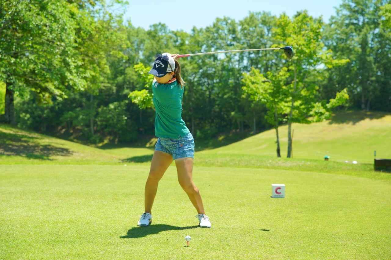 Images : 7番目の画像 - 上田桃子のドライバー連続写真 - みんなのゴルフダイジェスト