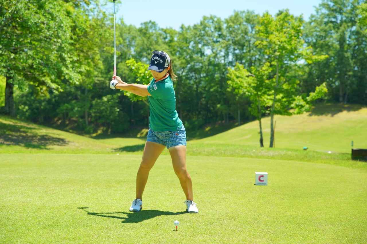 Images : 5番目の画像 - 上田桃子のドライバー連続写真 - みんなのゴルフダイジェスト