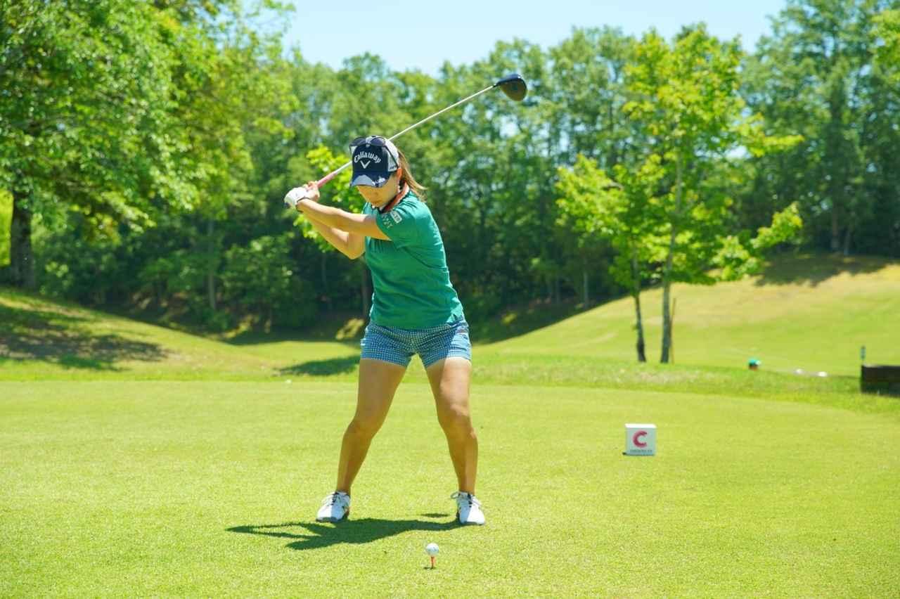 Images : 9番目の画像 - 上田桃子のドライバー連続写真 - みんなのゴルフダイジェスト