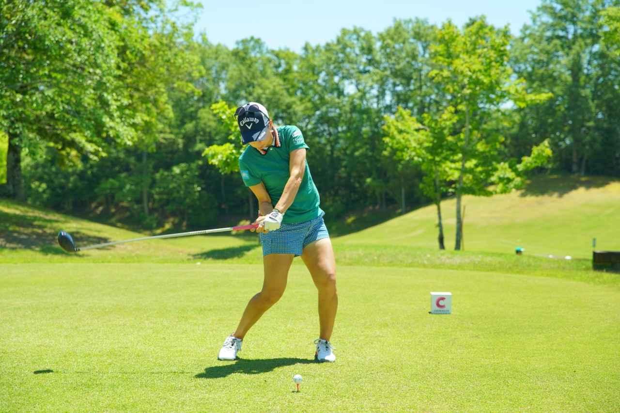 Images : 11番目の画像 - 上田桃子のドライバー連続写真 - みんなのゴルフダイジェスト