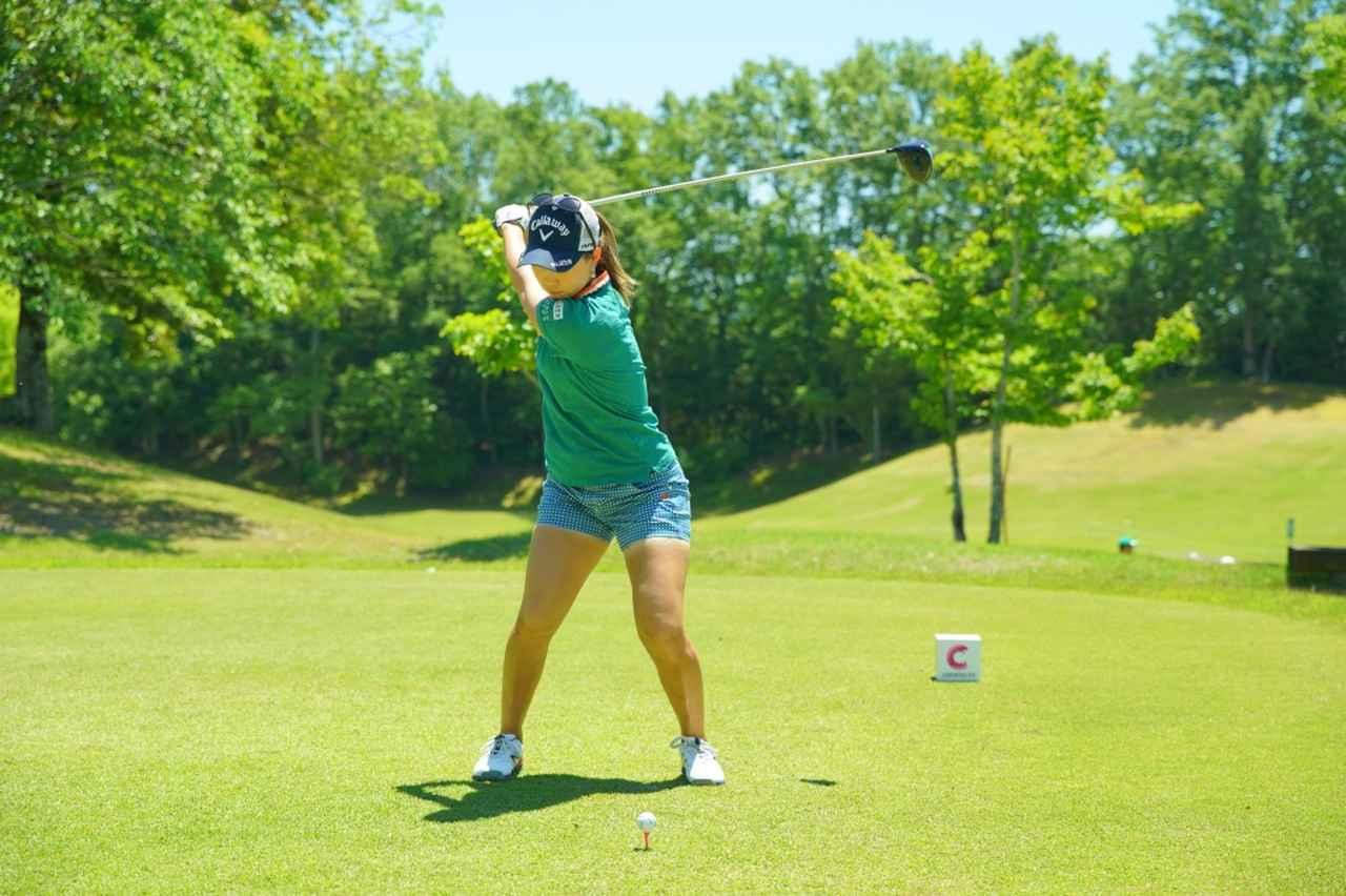 Images : 8番目の画像 - 上田桃子のドライバー連続写真 - みんなのゴルフダイジェスト