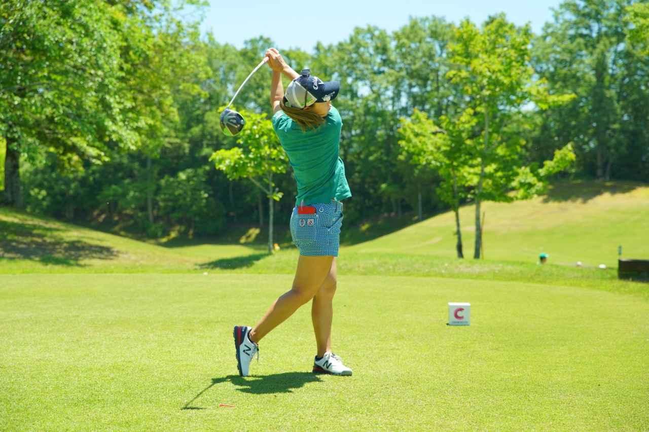 Images : 17番目の画像 - 上田桃子のドライバー連続写真 - みんなのゴルフダイジェスト